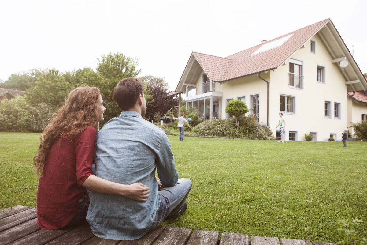 Being a Homeowner: Pros & Cons